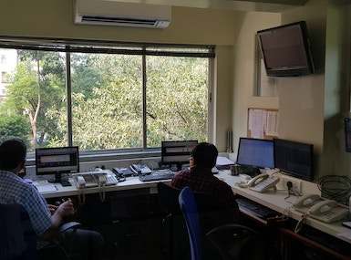 Shared Office Space image 4