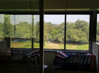 Shared Office Space image 3
