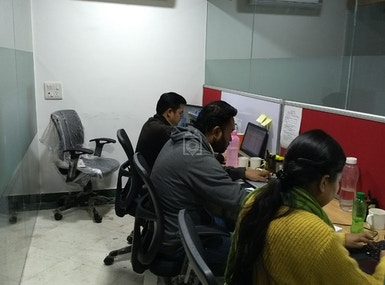 1share office image 4
