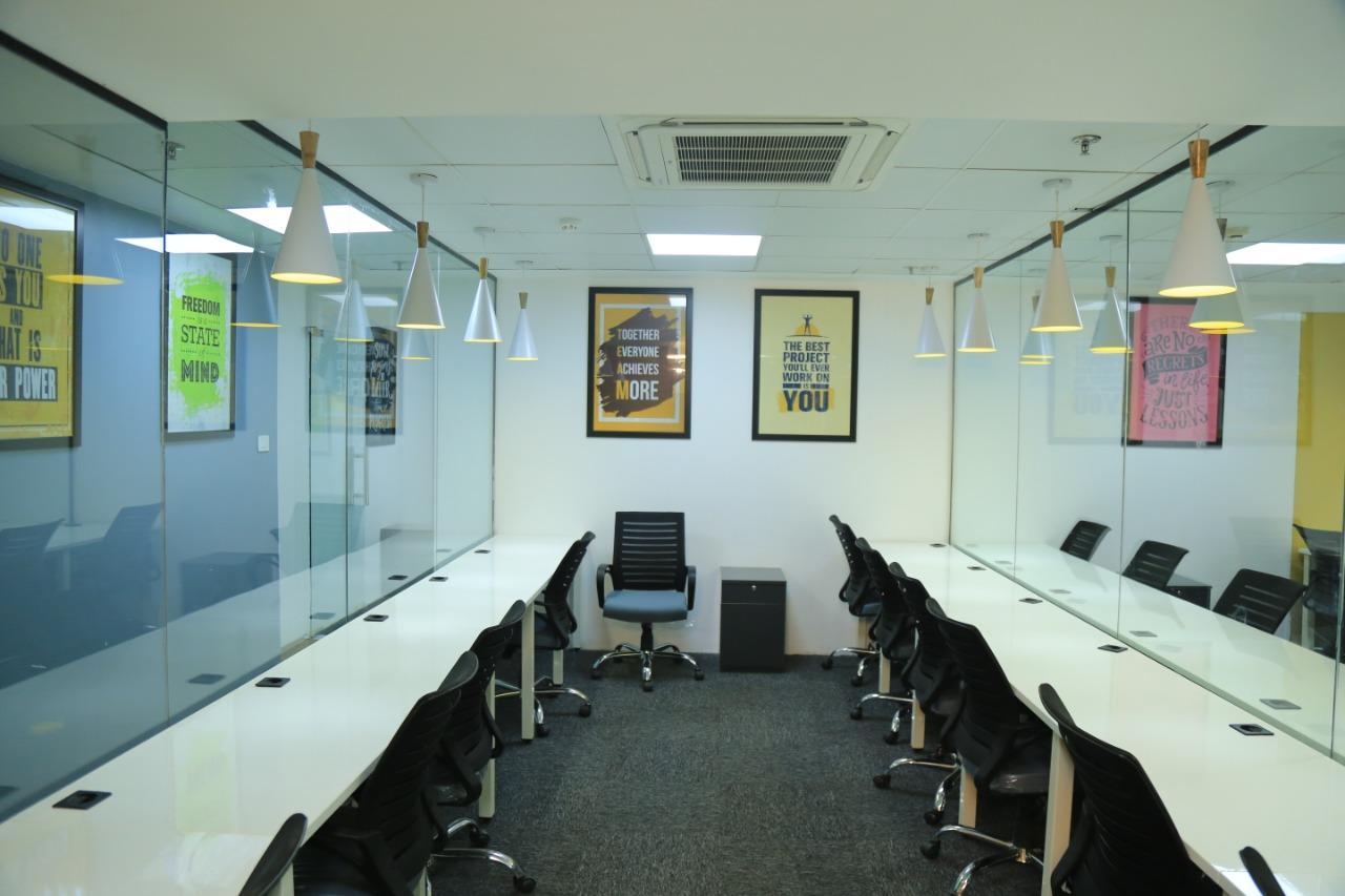 Hub and Oak, New Delhi