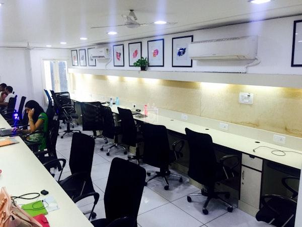 Hustle Cowork, New Delhi