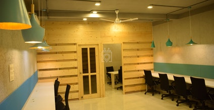 myHQ coworking at Krastay Saket, New Delhi | coworkspace.com