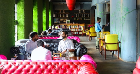 myHQ Coworking in Connaught Place (CP / Rajiv Chowk) - FLYP@MTV Cafe, New Delhi | coworkspace.com