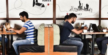 Zu Tisch myHQ Workzone, New Delhi | coworkspace.com