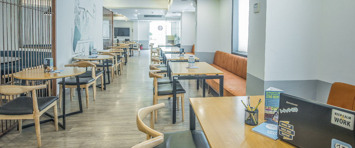 OYO Townhouse Cafe Curryhut - myHQ Coworking Cafe, Noida