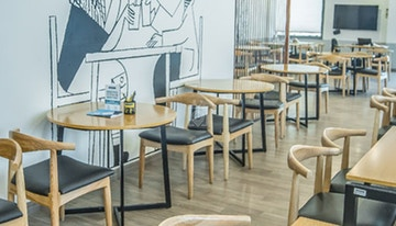 OYO Townhouse Cafe Curryhut - myHQ Coworking Cafe image 1
