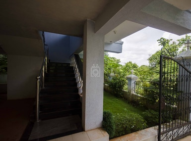 Sky Villa image 4