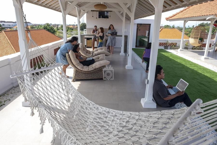 Livit Hub, Bali