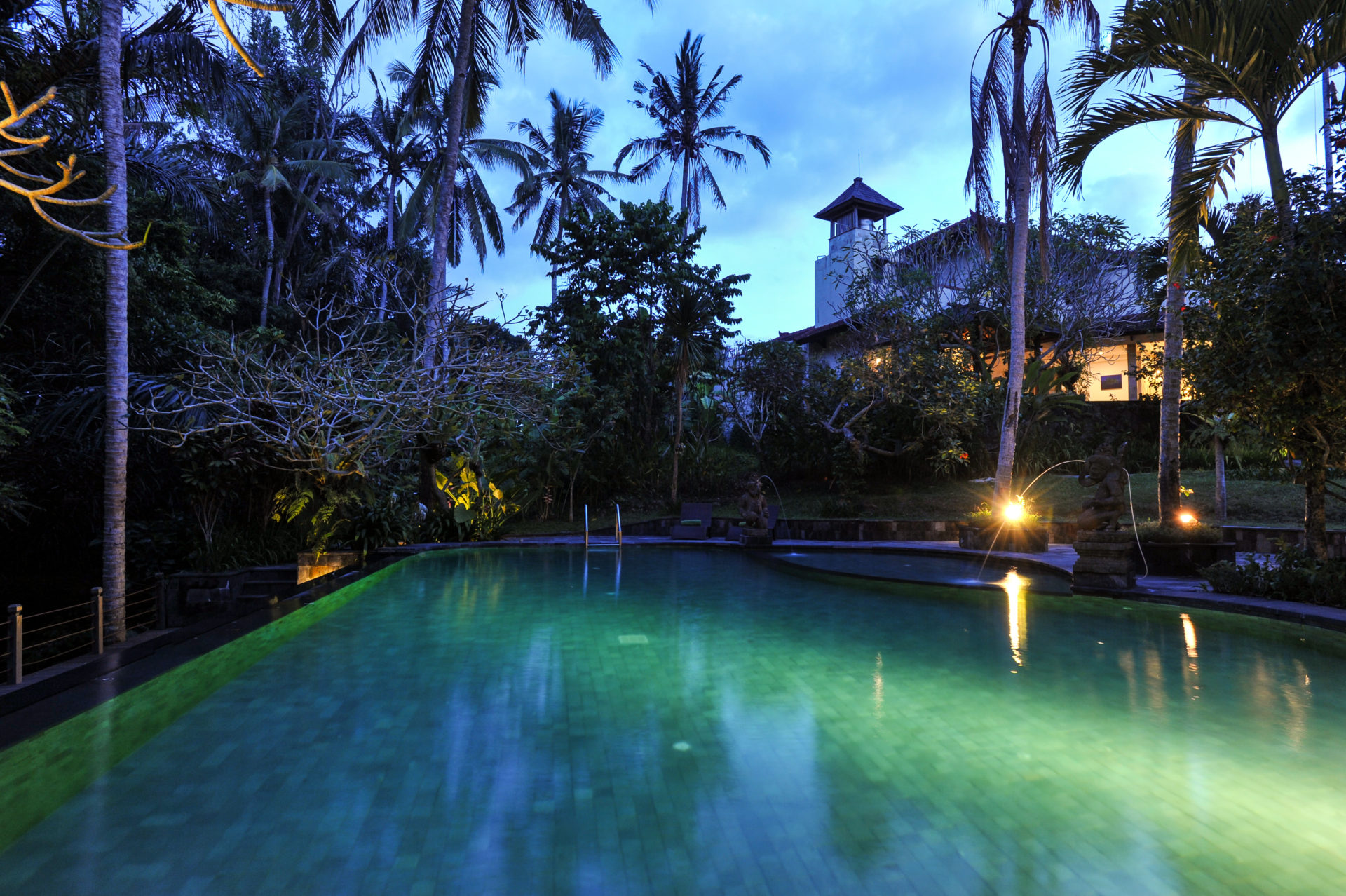 Outpost, Bali