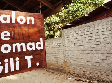 salon de nomad Gili T. image 3