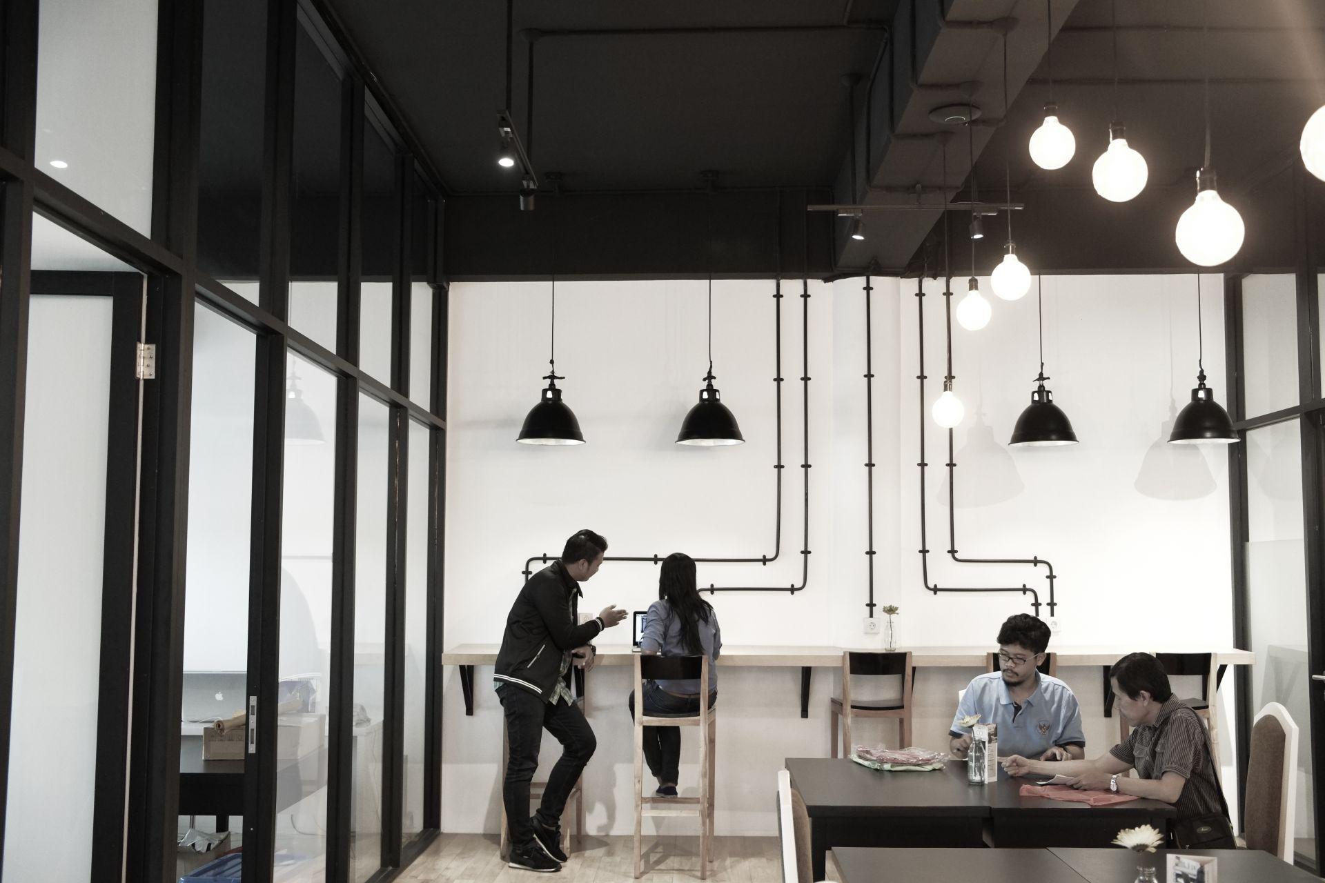 SUB Co, Surabaya