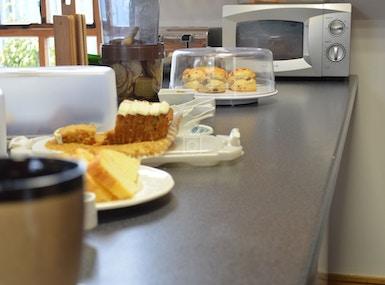 Motley Crow Anti-cafe image 3
