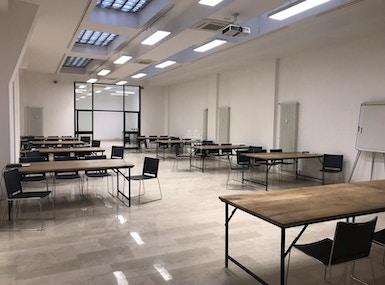 Lo Spazio Coworking Bologna image 4