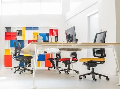 Oscard Business Center image 3