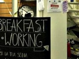 Sit 'N' Breakfast, Florence