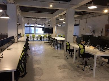 Startup Cafe Koza image 5
