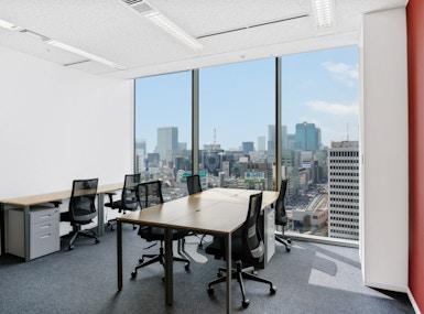 Regus - Tokyo Pacific Century Place image 5