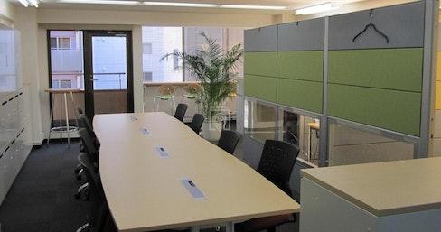Soft Office Kanda, Tokyo   coworkspace.com