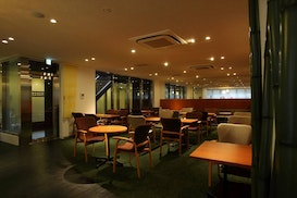 The Third Lounge, Urayasu