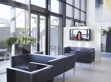 Business-Center image 5