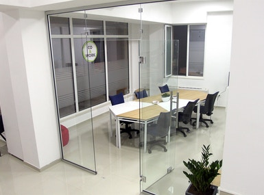 Co & Work image 5