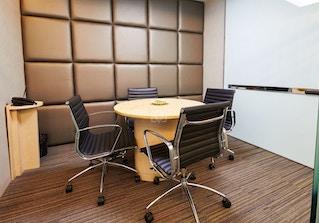 CEO SUITE - 26th F/ Menara Maxis image 2