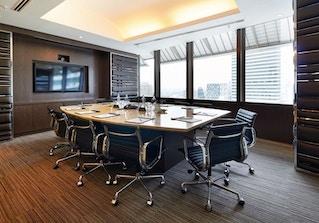 CEO SUITE - 36th F/ Menara Maxis image 2