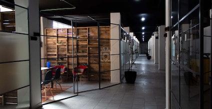 Ofis, Leon   coworkspace.com