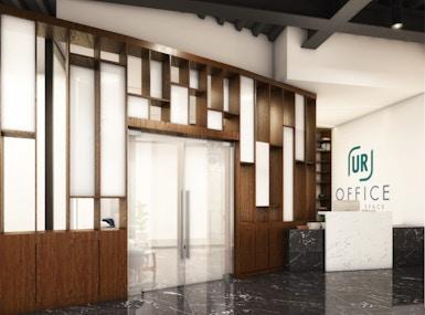 UR OFFICE image 5