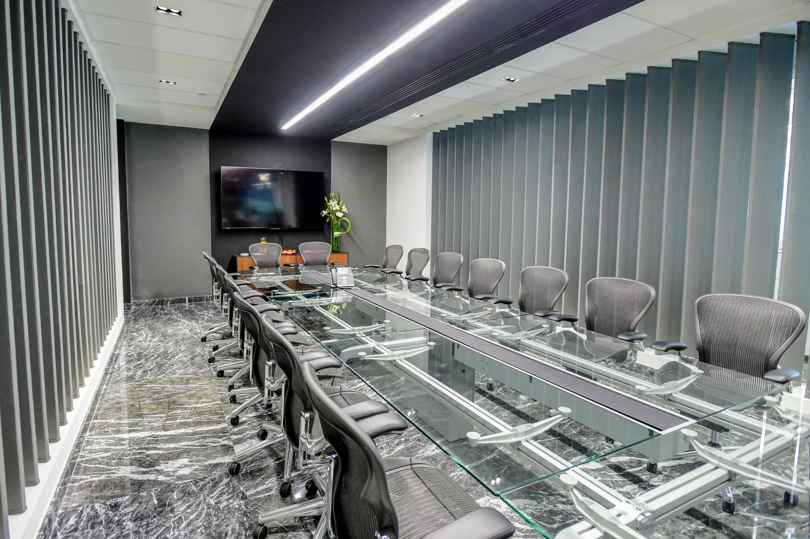 IOS OFFICES TOREO, Mexico City