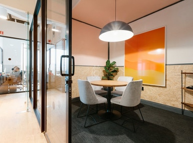 WeWork Arcos Bosques image 3