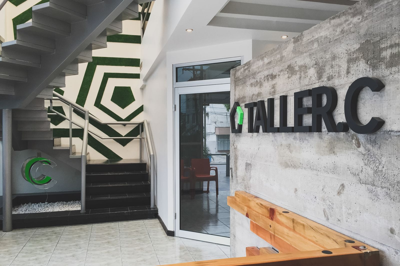 Ios Offices Campestre Monterrey Read Reviews Book Online # Muebles Alvarez Goian