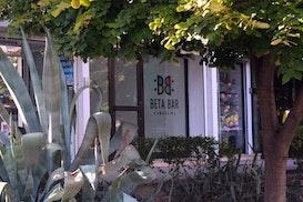 Beta Bar, Bar