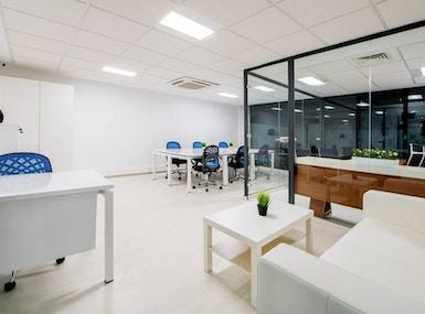 Palmier Business Center image 5