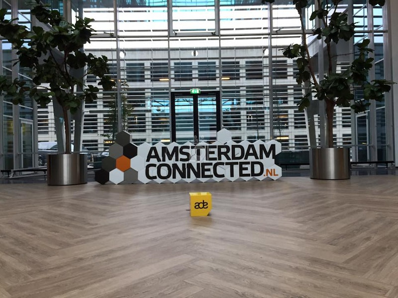 Amsterdam connected, Amsterdam