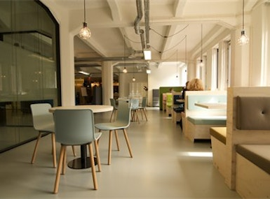 HNK - Amsterdam Houthavens image 3