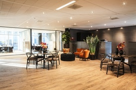 Tribes Amsterdam South Axis SOM, Hilversum