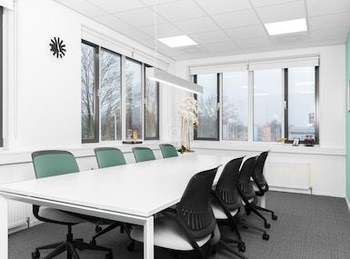 Regus - Apeldoorn, Business Park image 5
