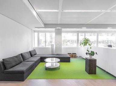 The Office Operators - Delft Whitepark image 5