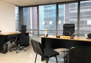 Plaza BusinessCenter image 2