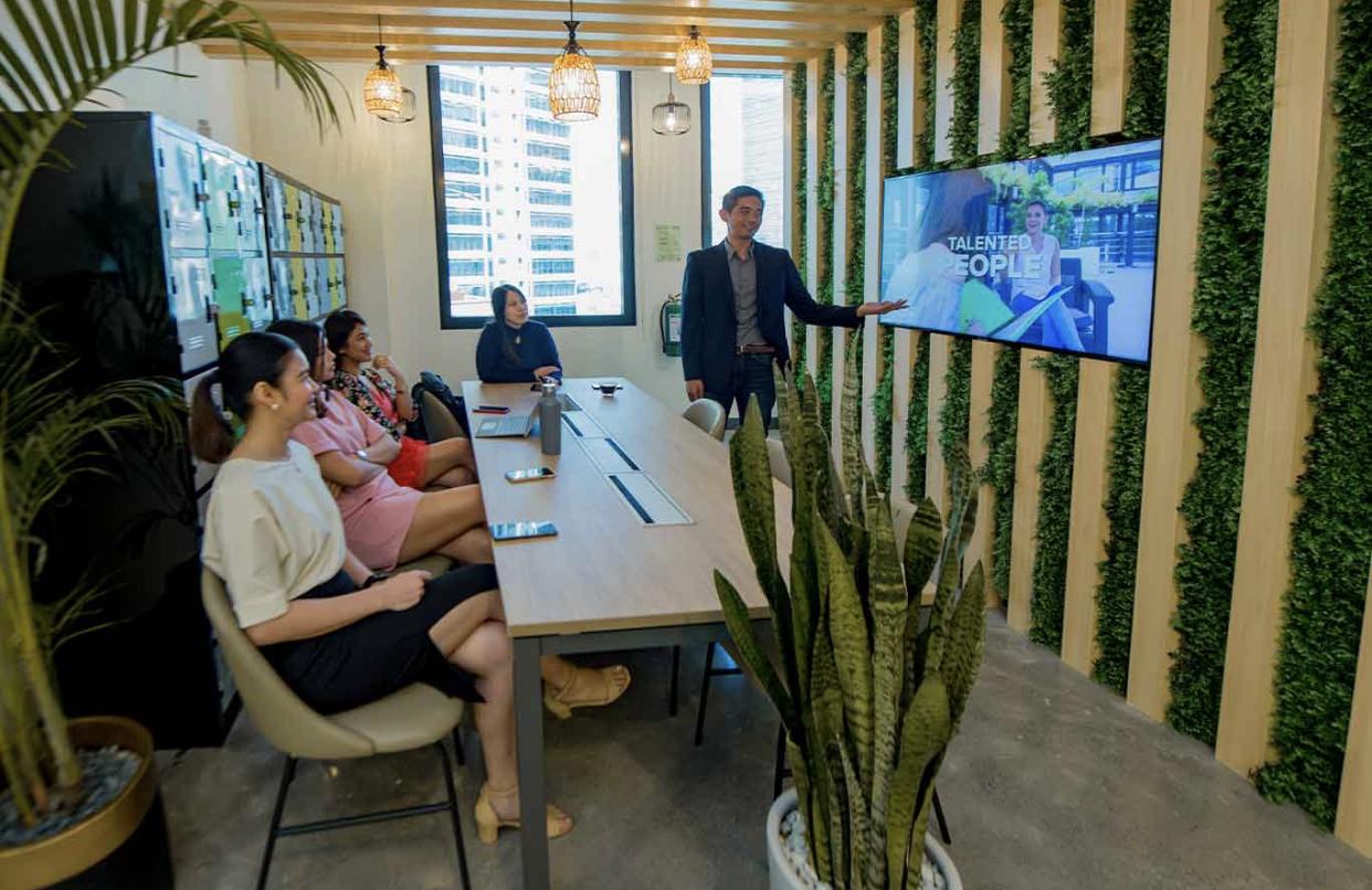 KMC Flexible Workspace in, Makati (Frabelle Building), Makati