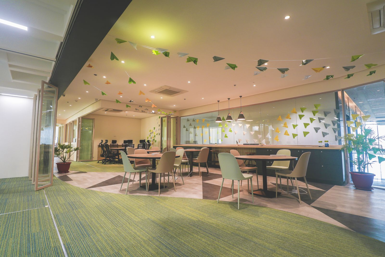 Launchpad Coworking One Griffinstone, Muntinlupa