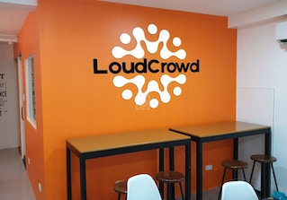 LoudCrowd Coworking image 2