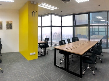 HatchHub Serviced Offices image 4