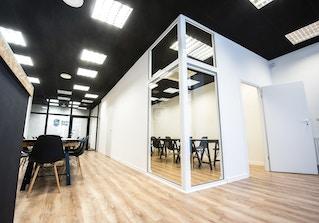 Starowka Office image 2