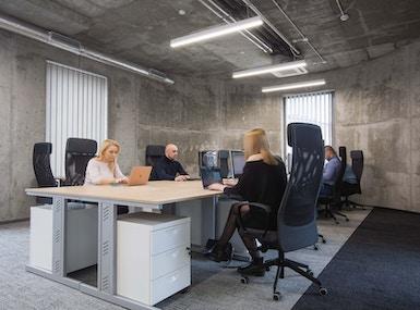 ALOHA OFFICE & COWORKING image 5