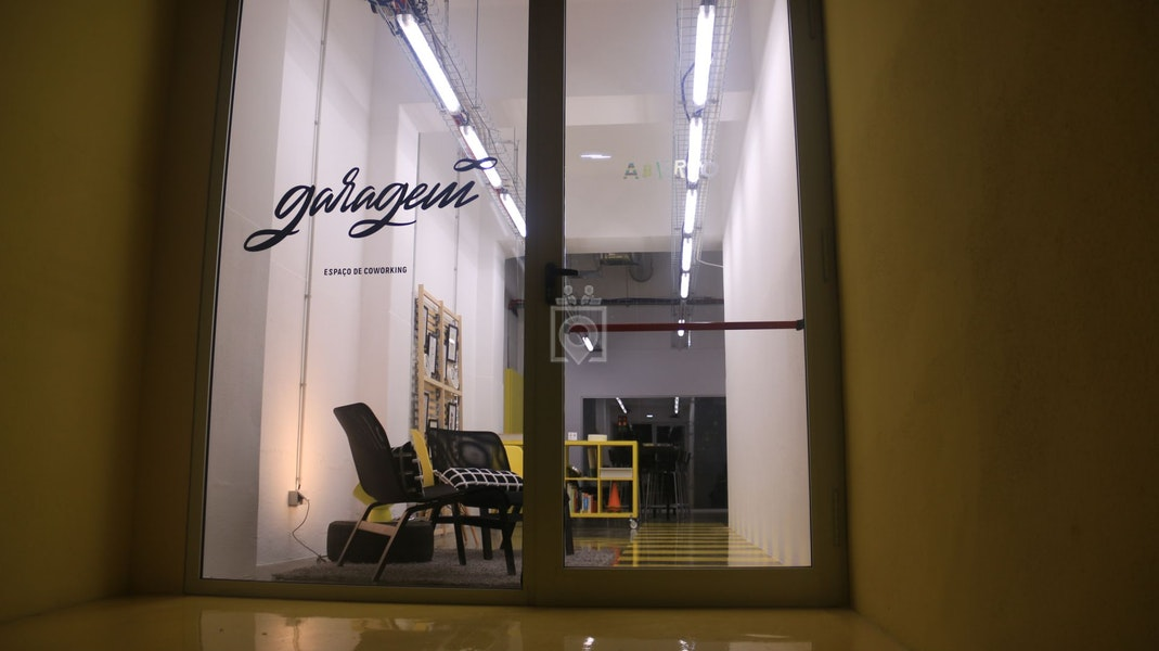 Garagem Infinita, Lisbon