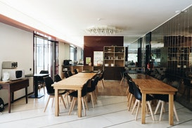 Impact House, Almada