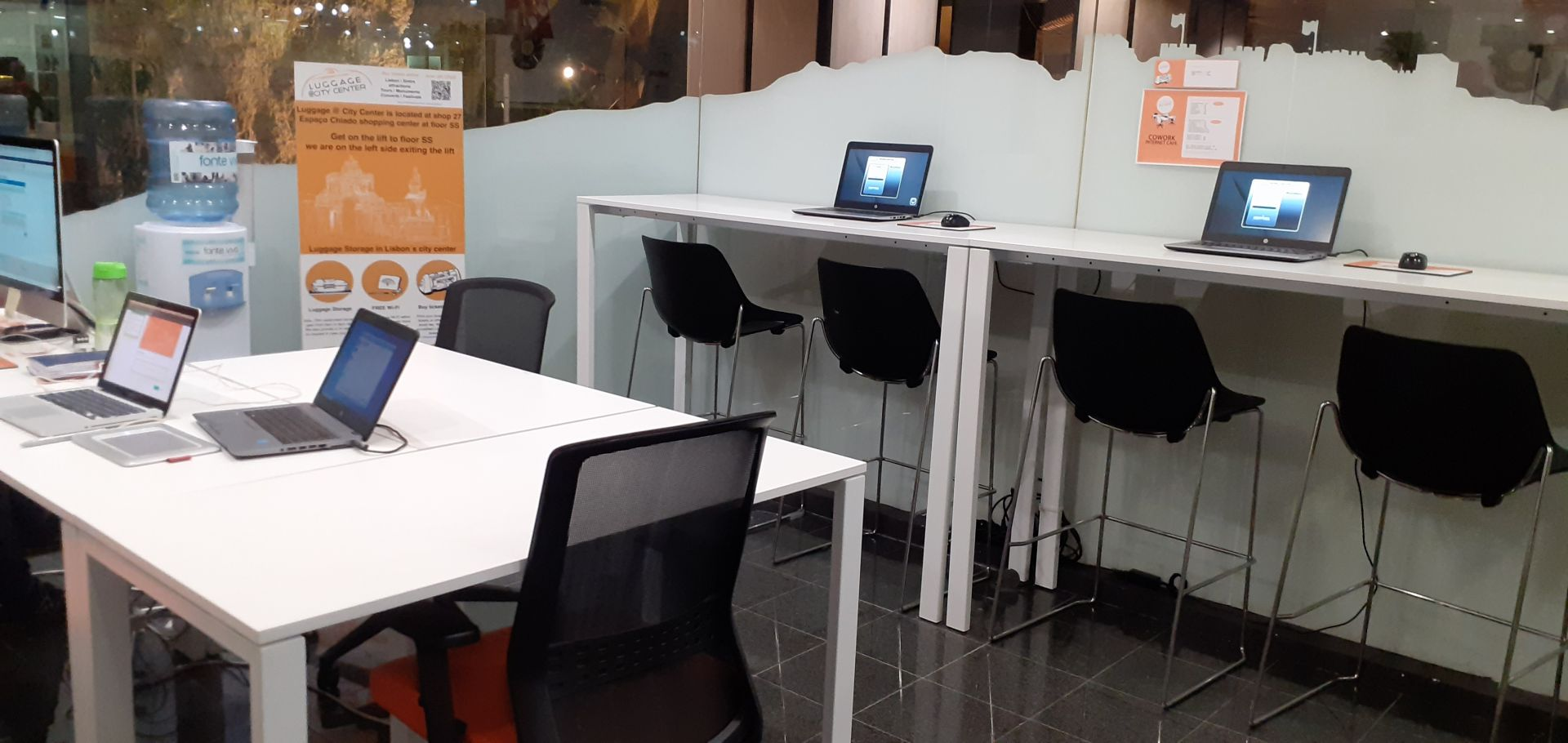 Luggage at City Center Cowork & Internet Lounge, Lisbon