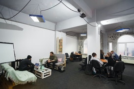 Nest Hub Community & Coworking, Bacau